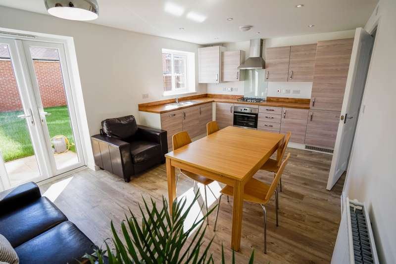 6 Bedrooms House Share for rent in Slade Baker Way, Scholars Chase, Bristol