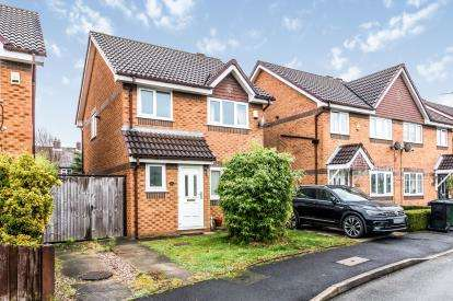 3 Bedrooms Detached House for sale in Warslow Drive, Sale, Cheshire, Greater Manchester