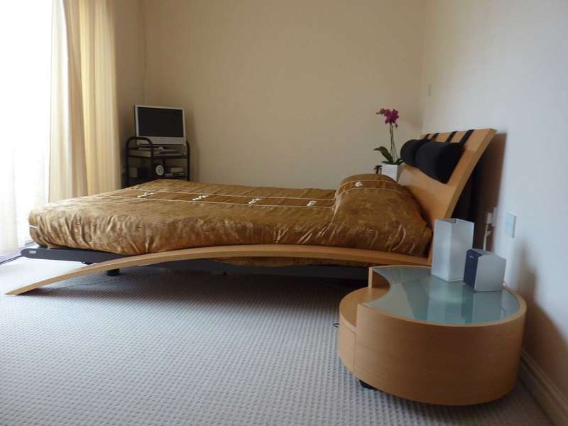 2 Bedrooms Apartment Flat for sale in Miles Drive, West Thamesmead, SE28 0NE