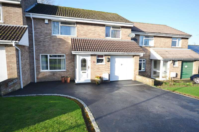 3 Bedrooms Terraced House for sale in Woodview Road, Norman Hill, Dursley
