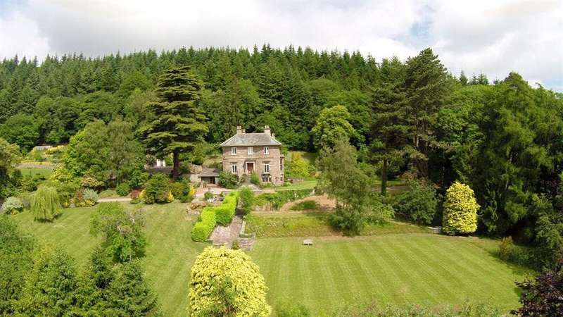 8 Bedrooms Country House Character Property for sale in Hermitage Manor, Herefordshire, HR4 8NR