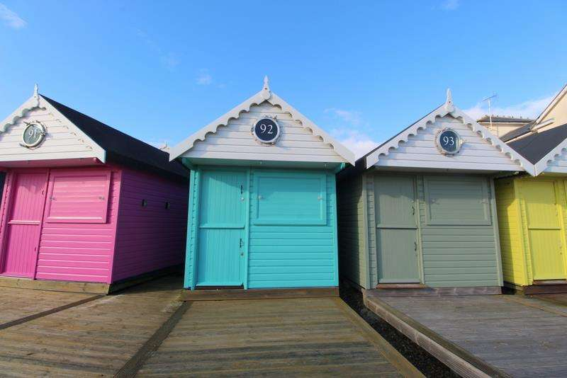 Chalet House for sale in Southcliff, Walton-On-The-Naze.