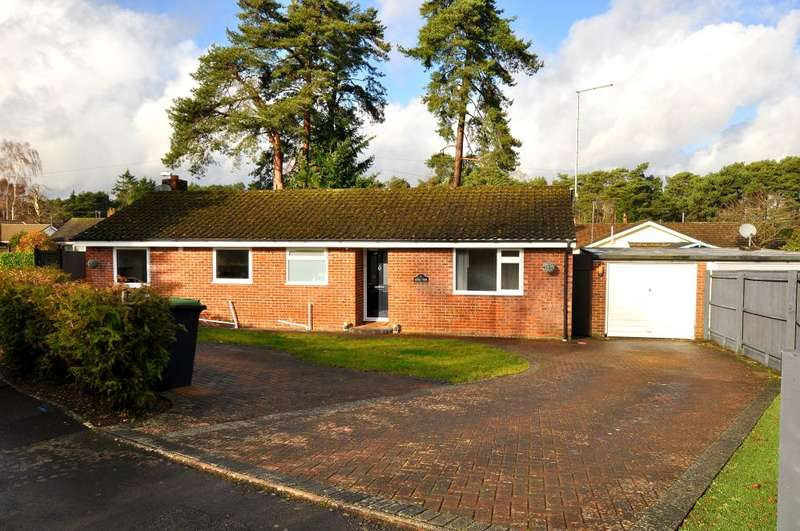 3 Bedrooms Detached Bungalow for sale in St Ives, Ringwood, BH24 2PP
