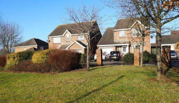 4 Bedrooms House for sale in Emerson Way, Emersons Green, Bristol, BS16 7AP