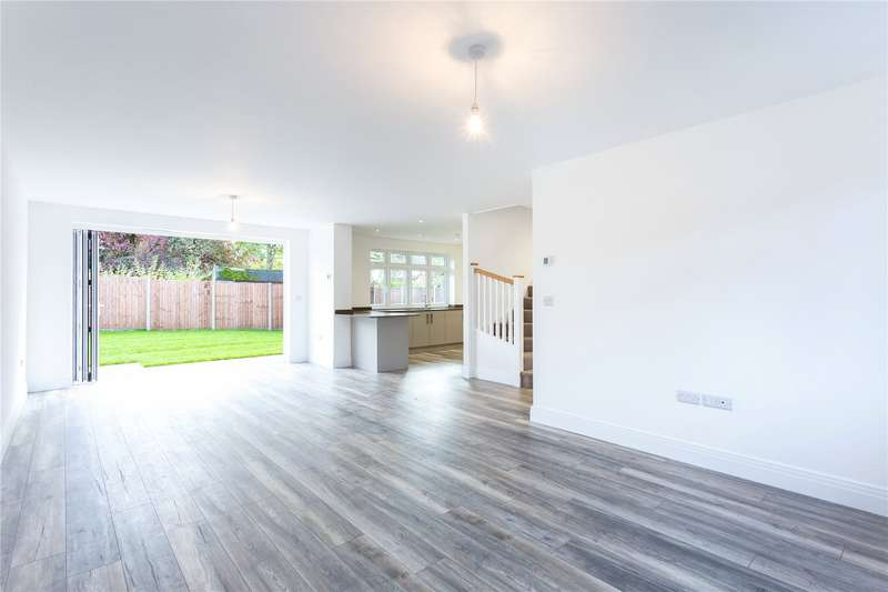 3 Bedrooms Detached House for sale in Wilcot Avenue, Watford, Hertfordshire, WD19
