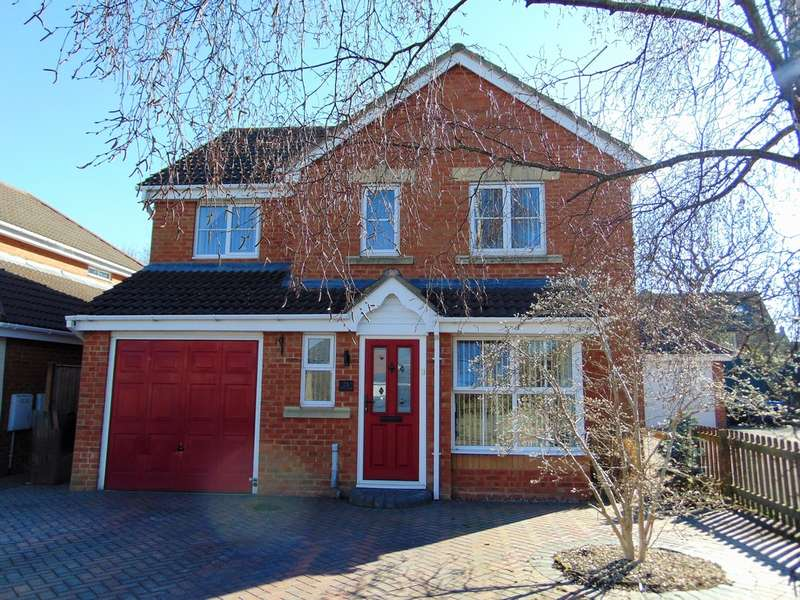 4 Bedrooms Detached House for sale in Barley Close