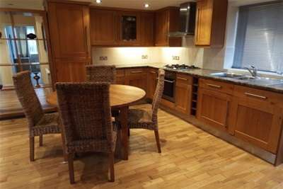 2 Bedrooms Flat for rent in St Annes Road East, Lytham St Annes