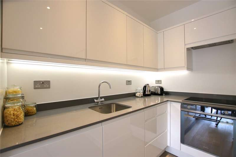 2 Bedrooms Flat for sale in Ziggurat House, Grosvenor Road, St Albans, AL1