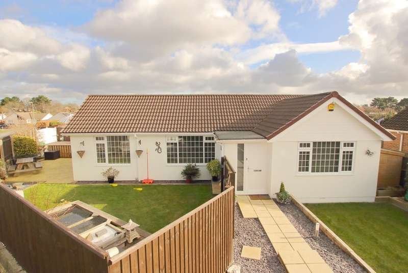 4 Bedrooms Detached Bungalow for sale in Beresford Road, Lymington, Hampshire