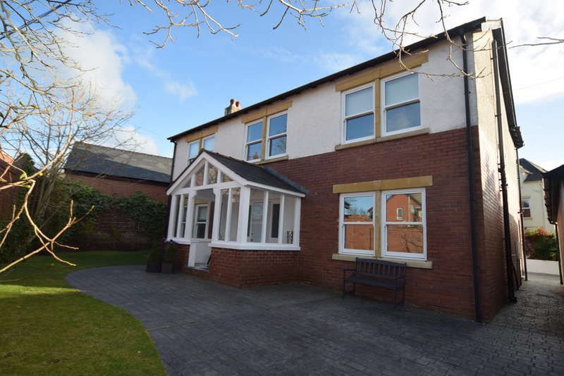 4 Bedrooms Detached House for sale in Prospect Avenue, Barrow-in-Furness