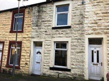 2 Bedrooms Terraced House for sale in Florence Street, Burnley, Lancashire, BB11