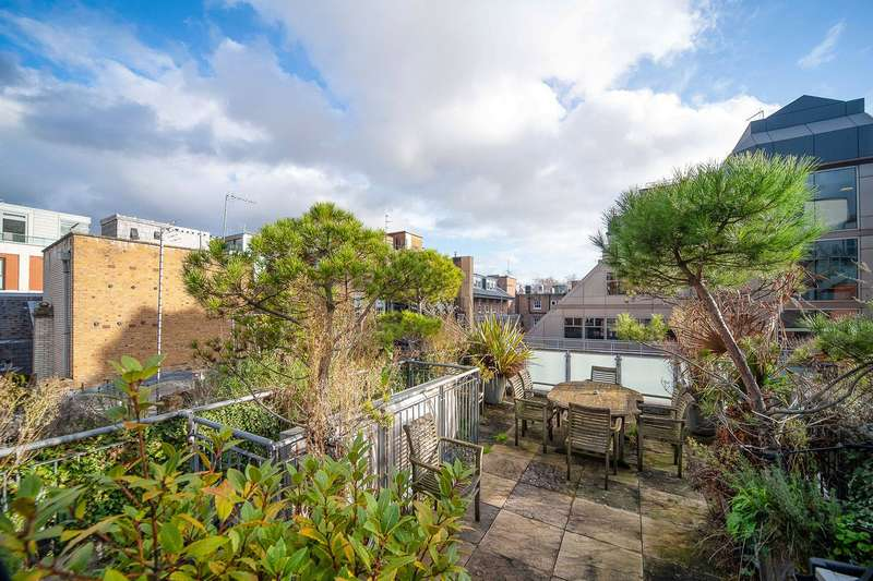 4 Bedrooms House for sale in Ormond Yard, London, SW1Y