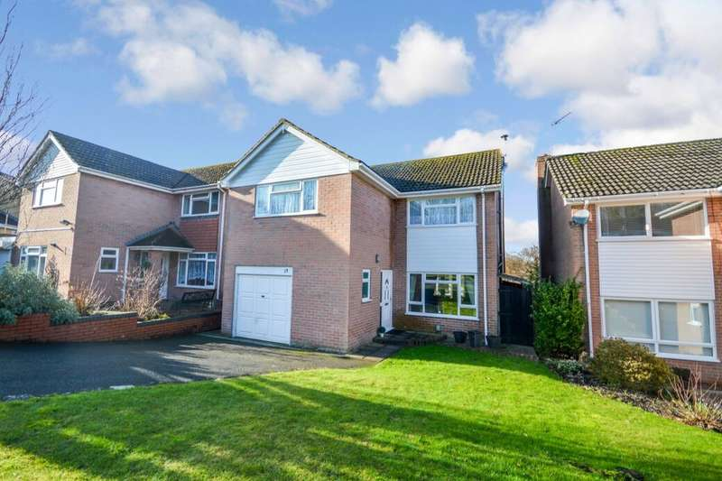 4 Bedrooms Detached House for sale in Caerleon Drive, Andover, SP10