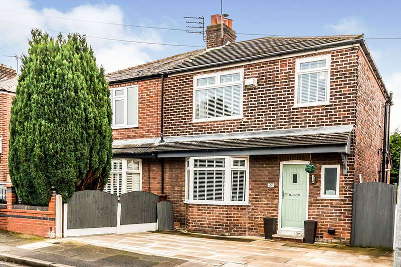 3 Bedrooms Semi Detached House for sale in Ashford Avenue, Swinton, Manchester, Greater Manchester, M27