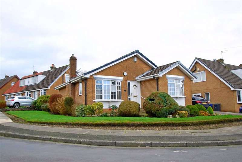 2 Bedrooms Detached Bungalow for sale in Humber Drive, Walmersley, Bury