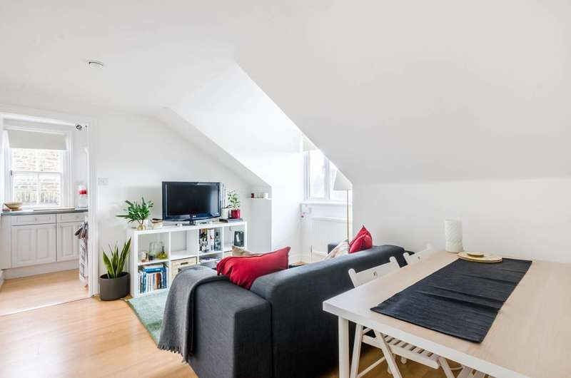 1 Bedroom Flat for sale in Lewin Road, Streatham, SW16