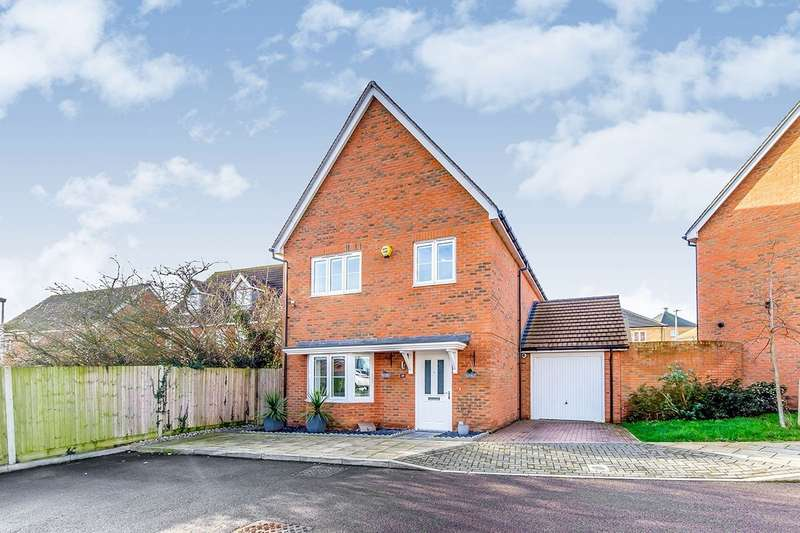 4 Bedrooms Detached House for sale in Flora Way, Hoo, Rochester, Kent, ME3