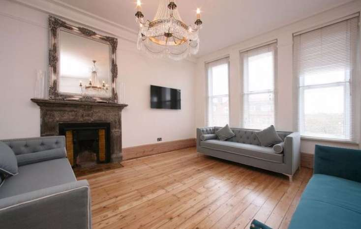 4 Bedrooms Flat for sale in College Mansions, Winchester Avenue, Queens Park, London, NW6
