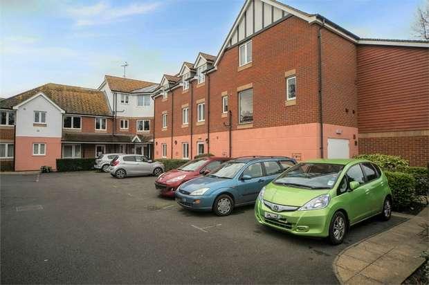 1 Bedroom Flat for sale in Wealdhurst Park, Broadstairs, Kent