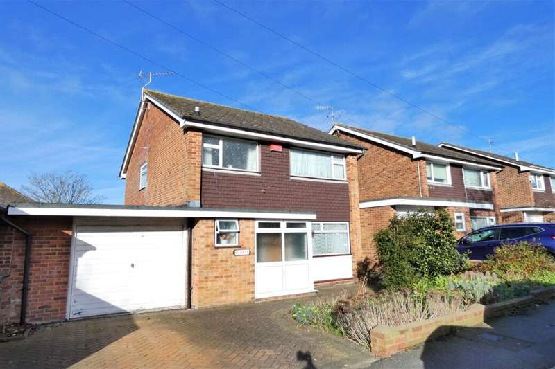 3 Bedrooms Detached House for sale in Archer Road, Folkestone, CT19