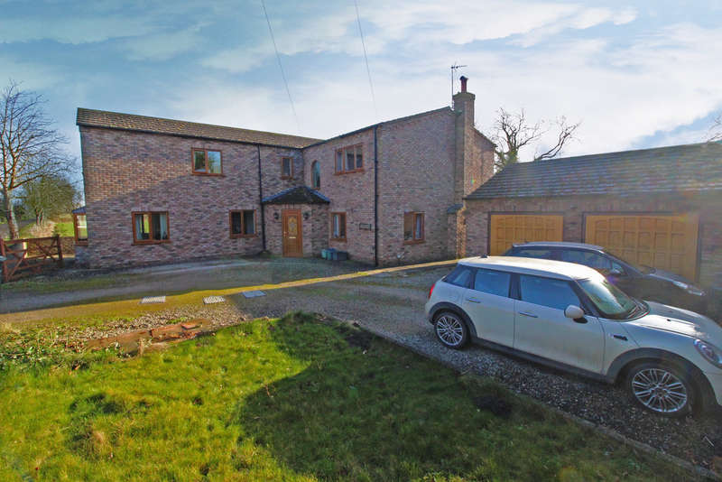 5 Bedrooms Detached House for sale in Main Road, Hirst Courtney, Selby