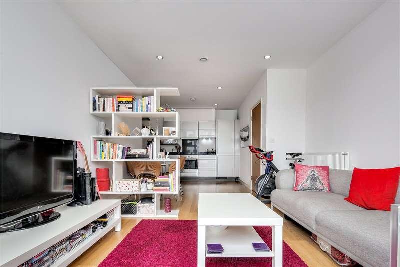 2 Bedrooms Flat for sale in Caspian Apartments, 5 Salton Square, London, E14