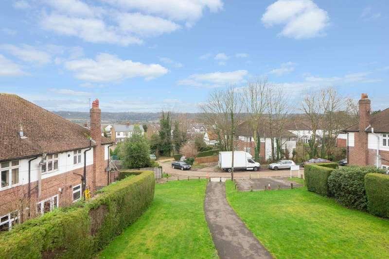 1 Bedroom Flat for sale in Robins Court, Wordsworth Road, Penenden Heath, ME14