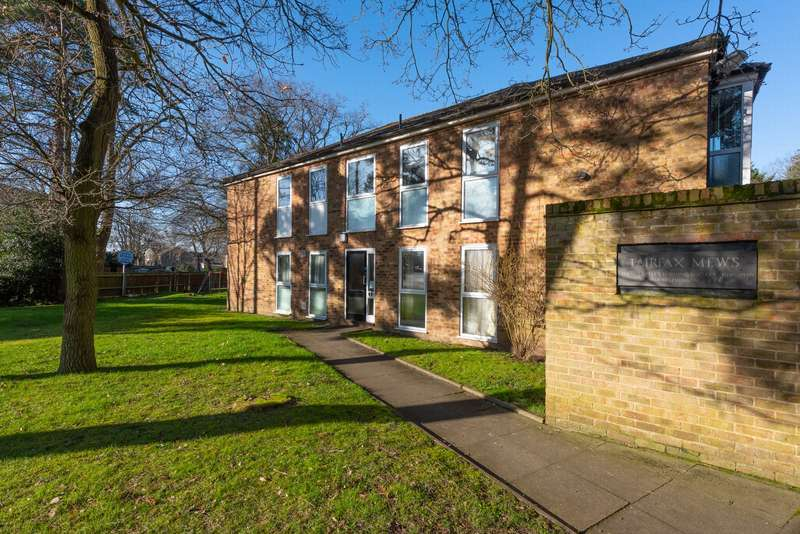 2 Bedrooms Apartment Flat for sale in Church Road East, Farnborough, GU14