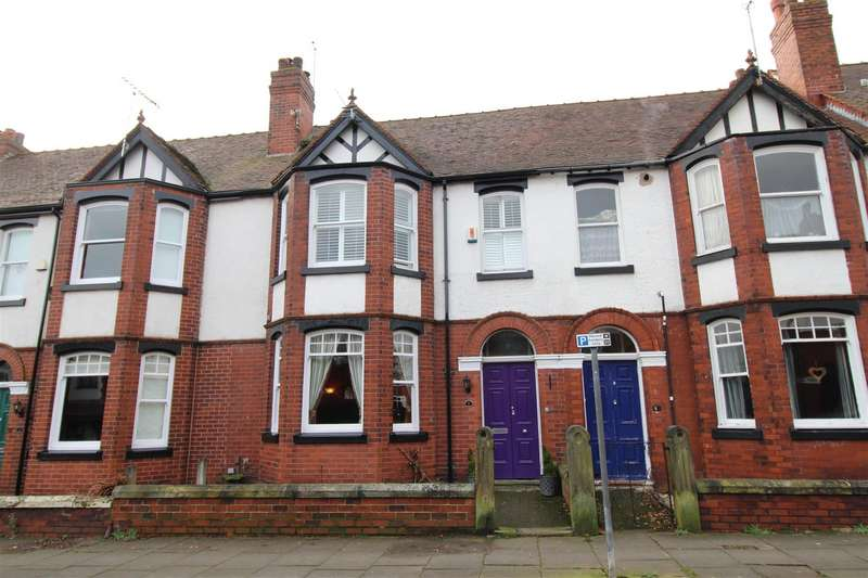 5 Bedrooms Terraced House for sale in Somerville Road, Whitley, Wigan