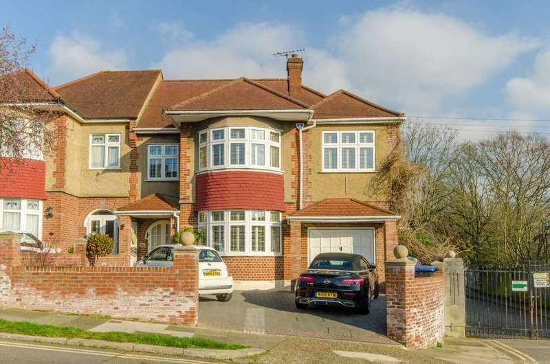 5 Bedrooms Semi Detached House for sale in Oakwood, N14, Oakwood, N14