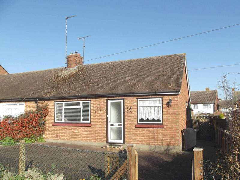 2 Bedrooms Semi Detached House for sale in St Peters Avenue, Maldon