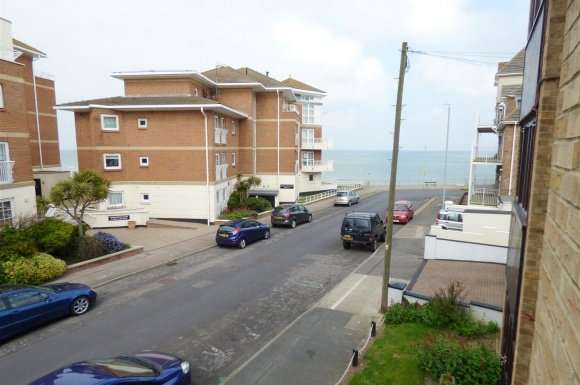 1 Bedroom Property for sale in 76 West Cliff Road, Broadstairs
