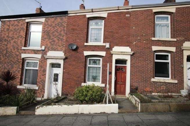2 Bedrooms Property for sale in Woodbury Avenue, Blackburn, Lancashire, BB2 3NB