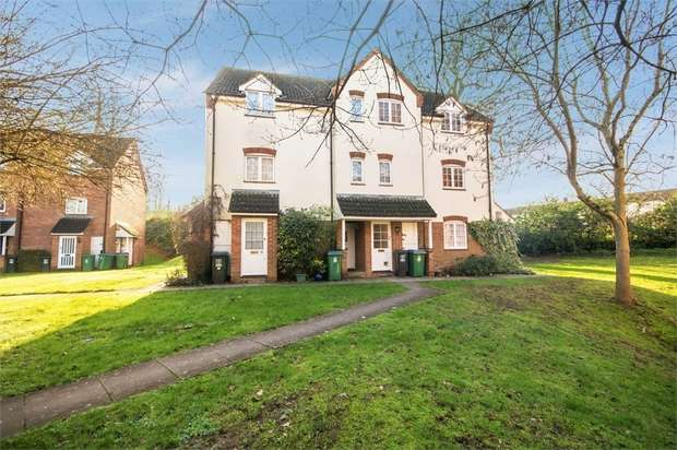 1 Bedroom Flat for sale in Ravenscroft, Watford, Hertfordshire