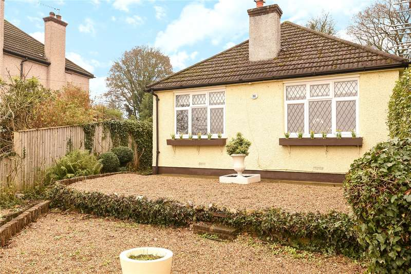 4 Bedrooms Detached Bungalow for sale in Hampermill Lane, Watford, Hertfordshire, WD19
