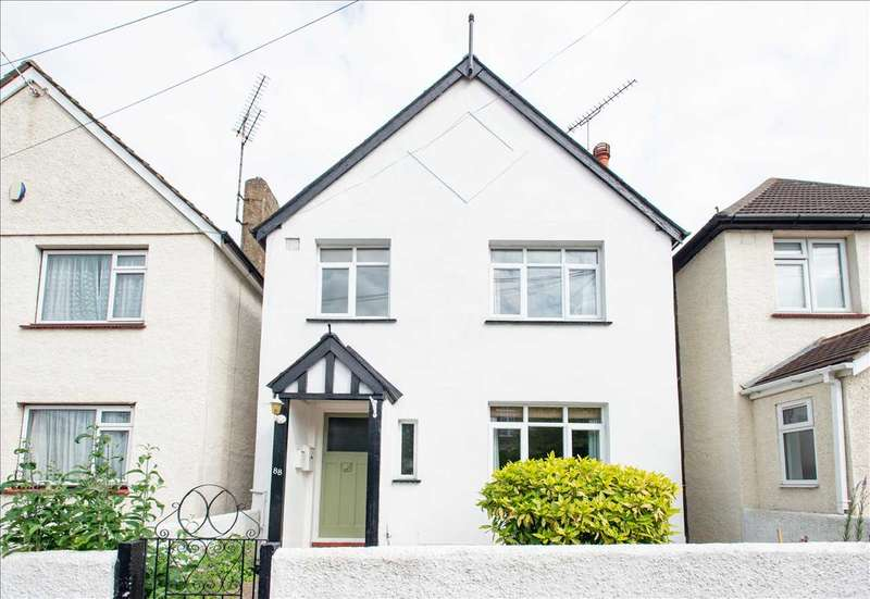 3 Bedrooms Detached House for sale in Cecil Road, Northfleet, Gravesend