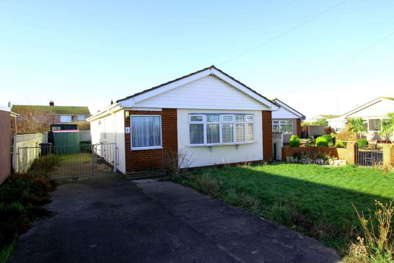3 Bedrooms Detached Bungalow for sale in Llys Cynan, Kinmel Bay, Rhyl, Conwy, LL18