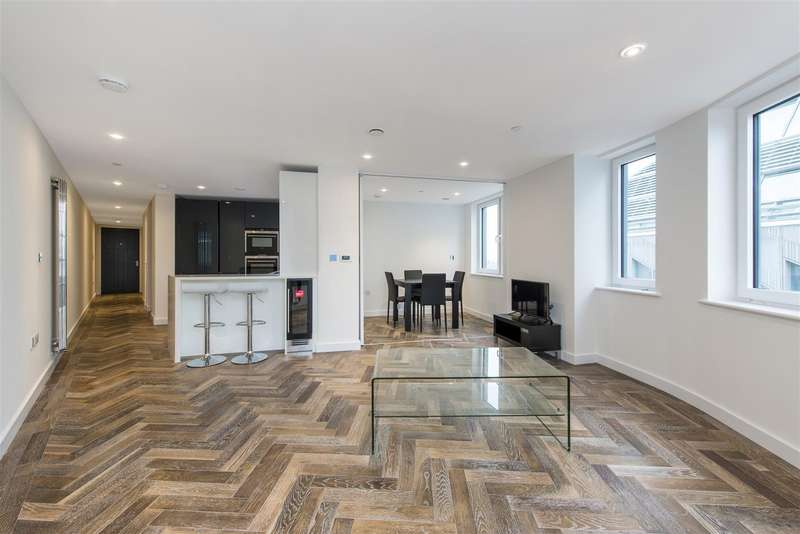3 Bedrooms Flat for sale in Eagle Point, City Road, London, EC1V
