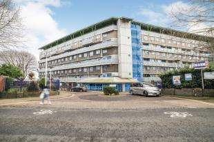 3 Bedrooms Maisonette Flat for sale in Walpole Place, Woolwich, South East, London