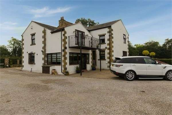 4 Bedrooms Cottage House for sale in Cow Hill, Haighton, Preston, PR2