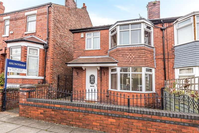 3 Bedrooms Semi Detached House for sale in Alfred Street, Eccles, Manchester, M30 9QF