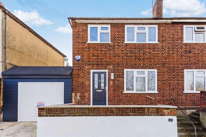 3 Bedrooms Semi Detached House for sale in Fulwich Road, Dartford, DA1 1UN