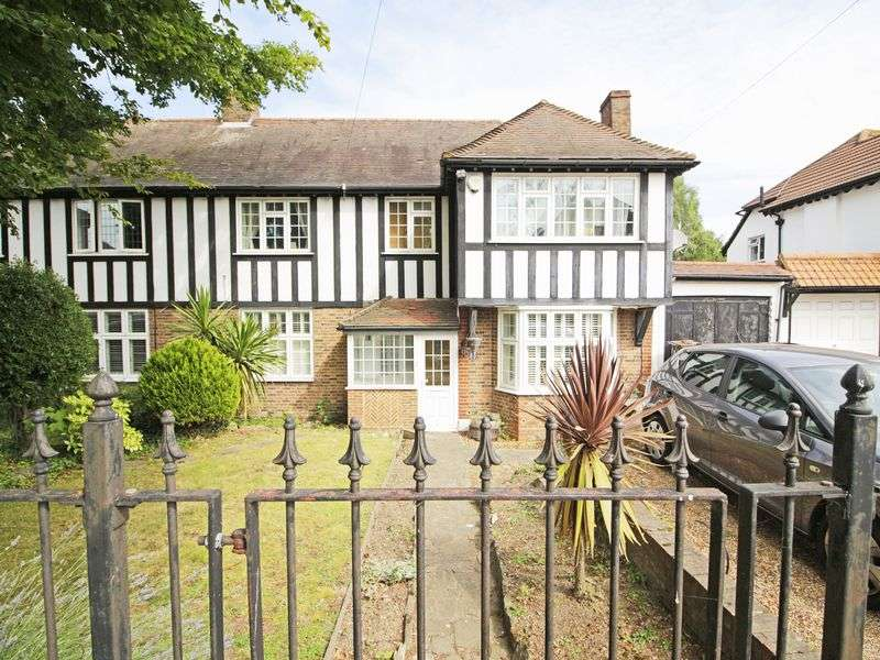 4 Bedrooms Property for sale in London Lane, Bromley