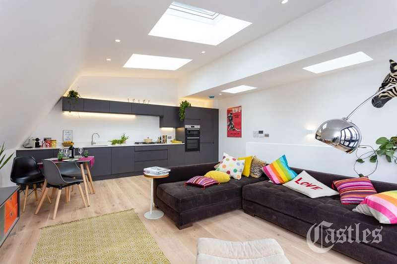 2 Bedrooms Detached House for sale in Dashwood Road, Crouch End, London, N8