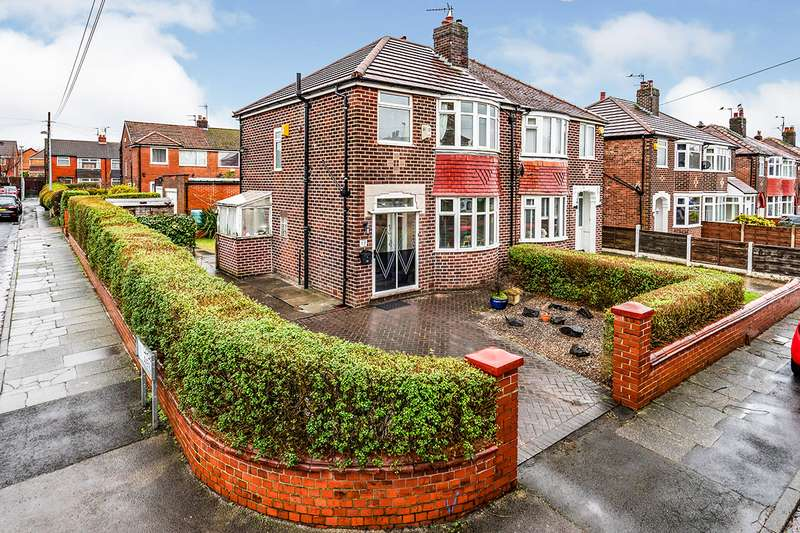 3 Bedrooms Semi Detached House for sale in Dryden Avenue, Swinton, Manchester, Greater Manchester, M27