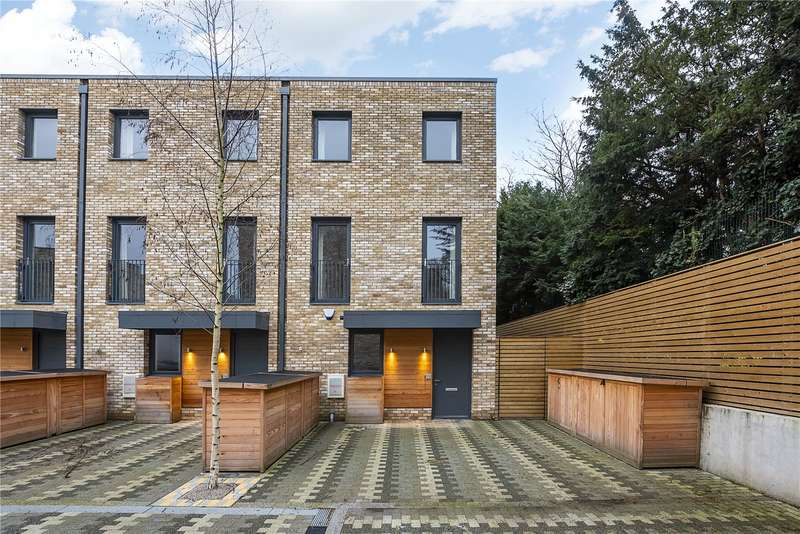 5 Bedrooms Terraced House for sale in Beatrice Place, London, SW19