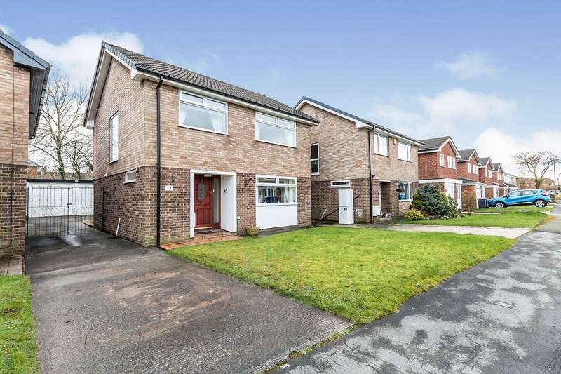 4 Bedrooms Detached House for sale in Willow Drive, Charnock Richard, Chorley, Lancashire, PR7