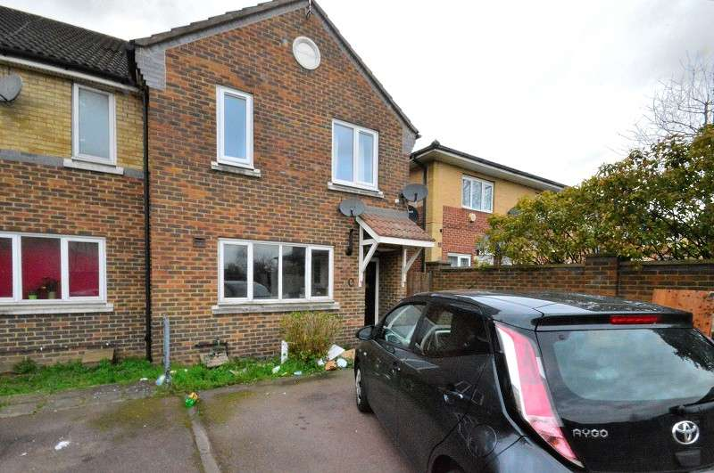 3 Bedrooms End Of Terrace House for sale in Hudson Way, Edmonton, London. N9