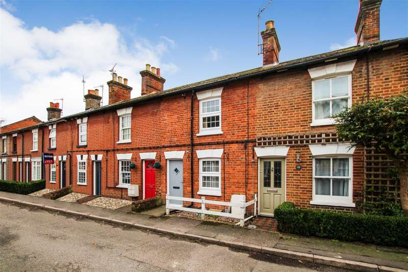 2 Bedrooms Cottage House for sale in Charles Street, Tring
