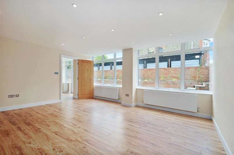 1 Bedroom Apartment Flat for sale in Mapesbury Road, London, NW2 4JA